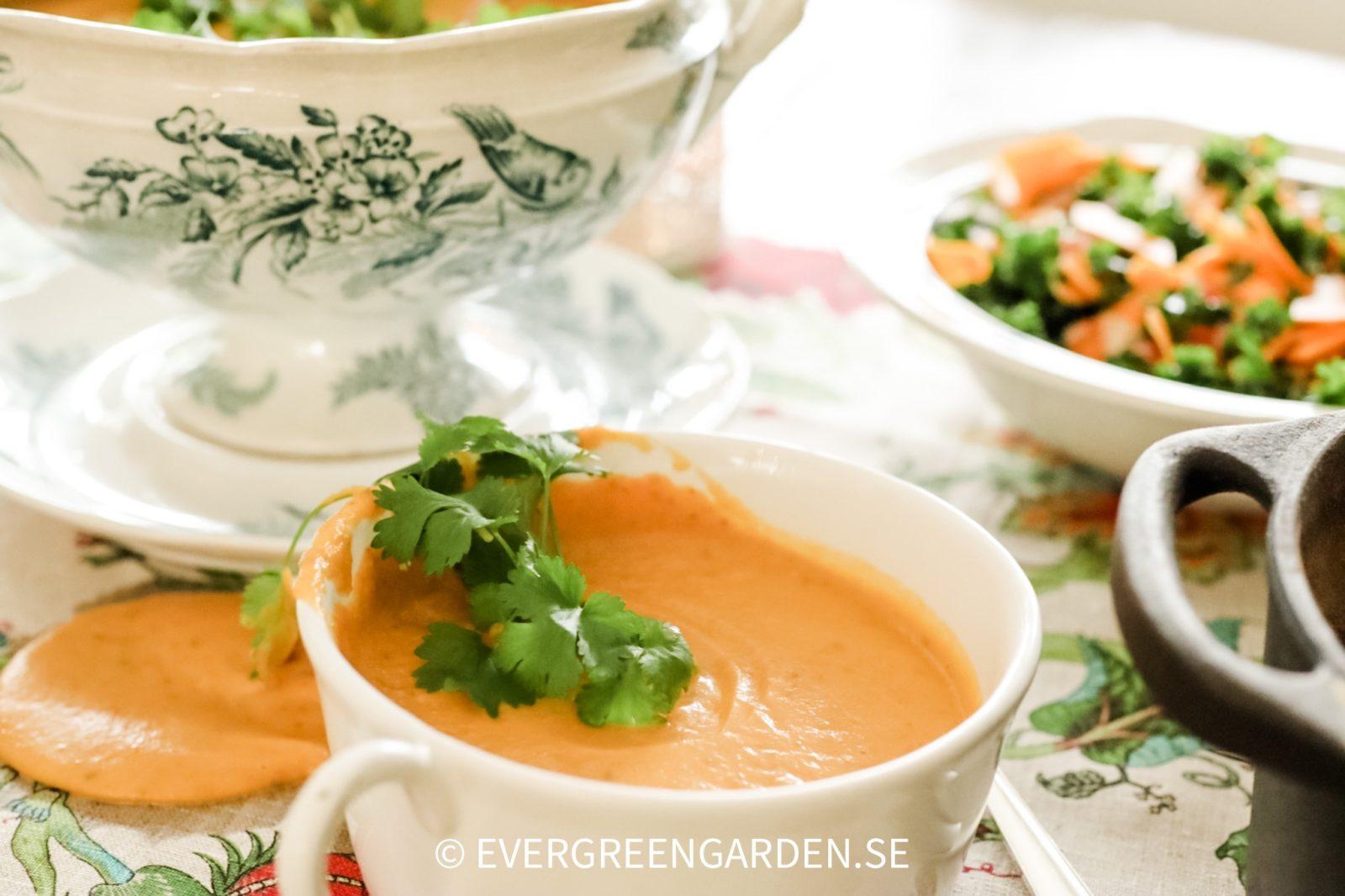 Recept rostad Pumpasoppa med ingefära och lime