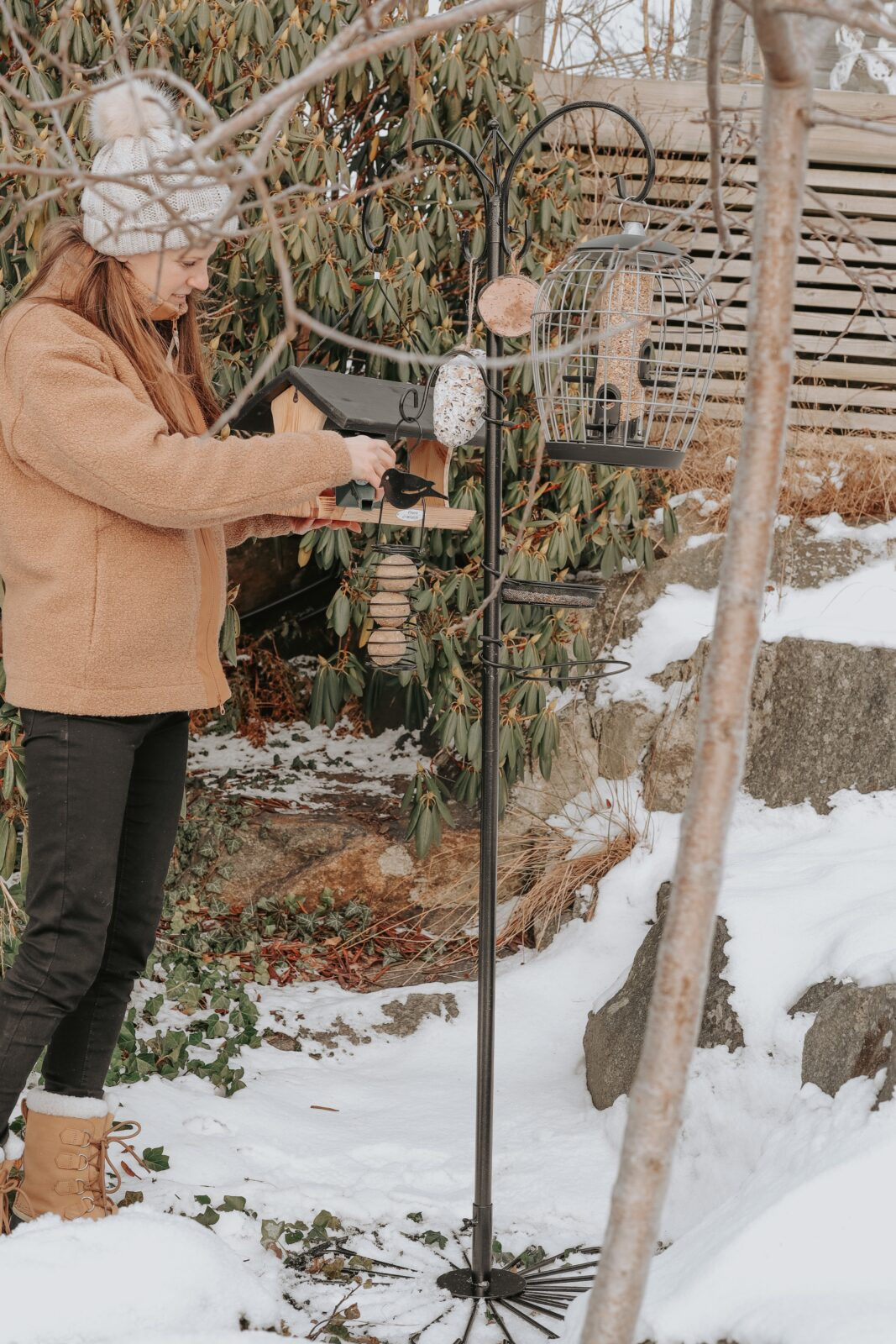 fågelmatarstation med basfot vivara